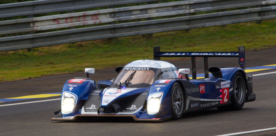 Reliability breaks Peugeot, Audi takes over the lead