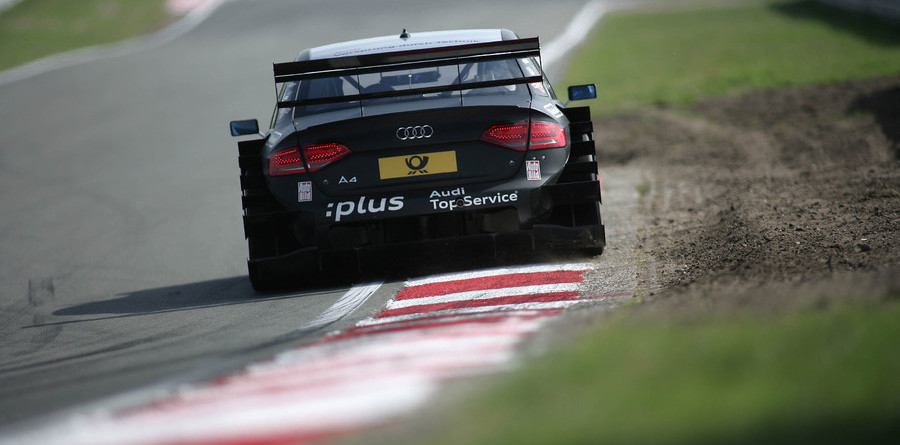 Scheider romps to Zandvoort pole position