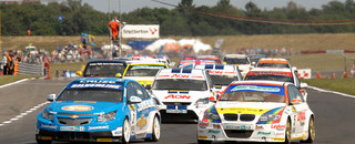 BTCC Tight points race heading into Brands Hatch finale