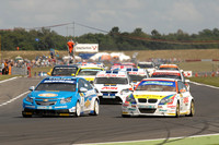 Tight points race heading into Brands Hatch finale