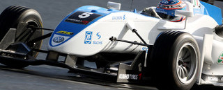 F3 Mortara claims provisional pole at Macau GP