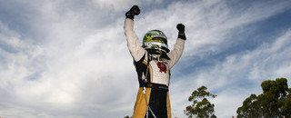 Supercars Courtney crowned Champion in Sydney