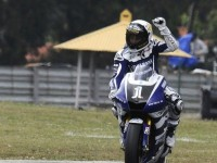 Pole position for Lorenzo in Portugal