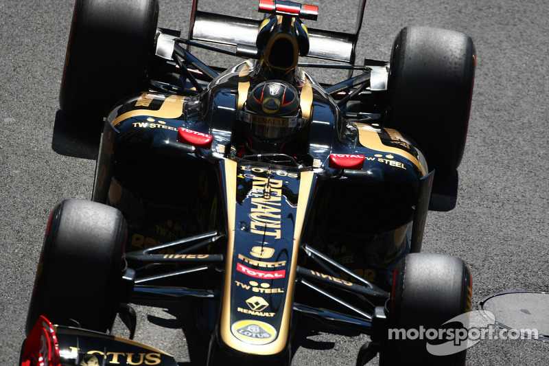Renault livery change for Canada likely in 2012