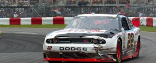 Villeneuve struggles in Montreal race