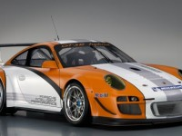 Porsche to debut newest Hybrid at Laguna Seca