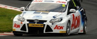 BTCC Chilton dominates race 1 at Knockhill