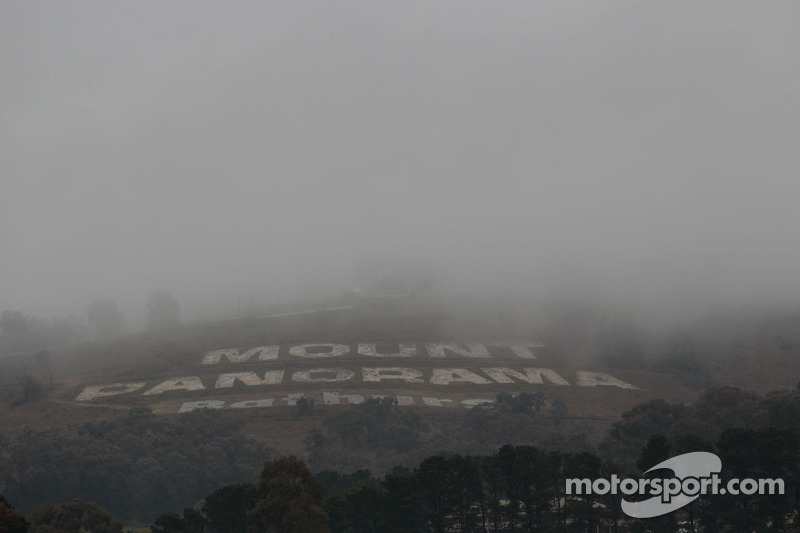 Series Bathurst Thursday practice report