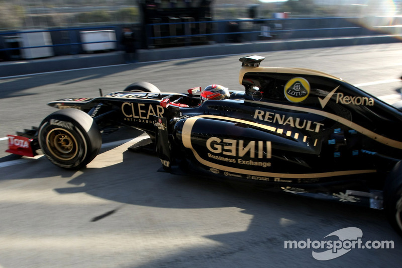 New Lotus 'definitely better' than 2011 car - Grosjean