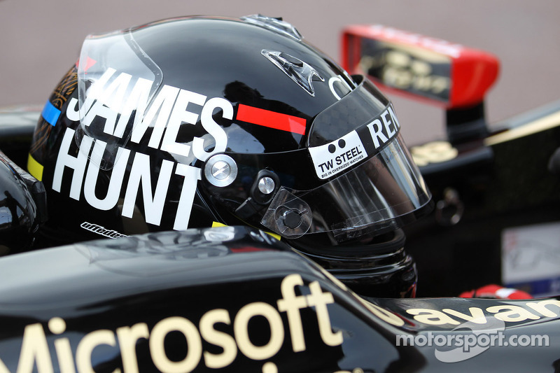 Raikkonen wears James Hunt helmet in Monaco