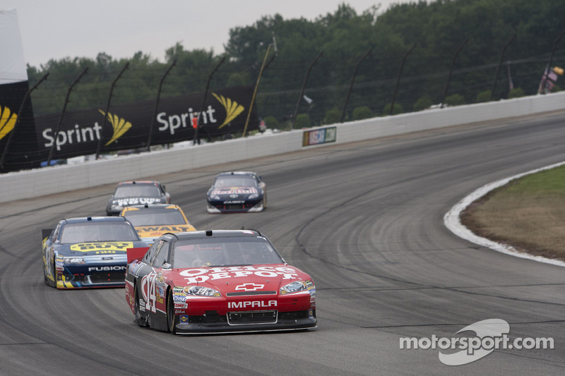 Pocono Thursday test sesssions produce faster laps