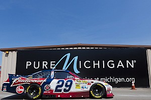 Harvick leads Team Chevy in qualifying at Michigan