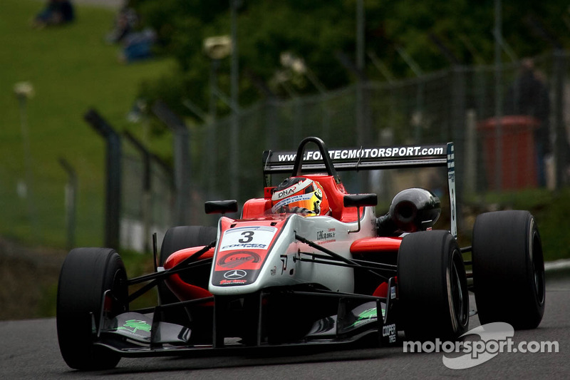 Brands Hatch wins for Derani & Harvey