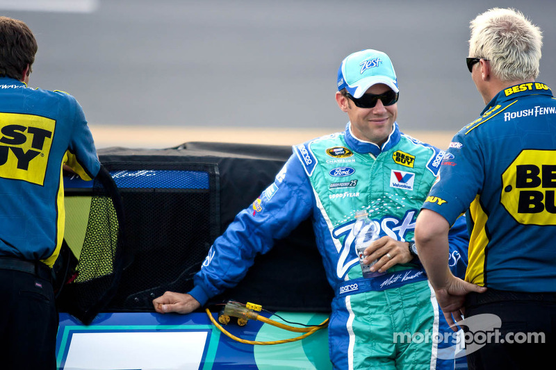 Pole sitter Kenseth happy with his car after Daytona qualifying