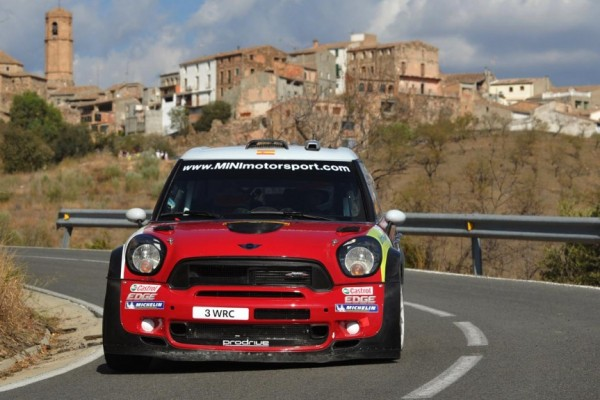 Dani Sordo wows the crowds Red Bull X-Fighters in his Motorsport Italia-powered MINI WRC - Video