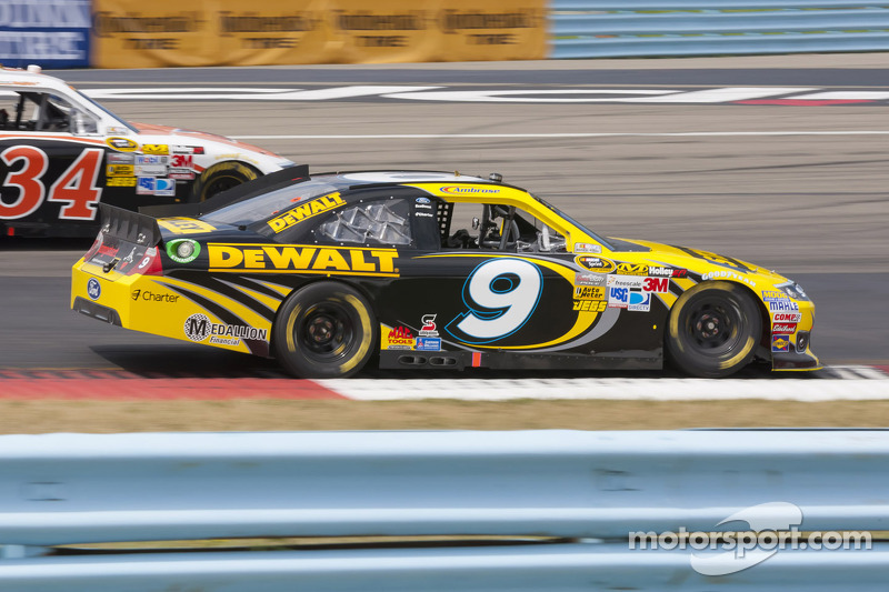 Ambrose looks for win in Atlanta to capture a spot in Chase