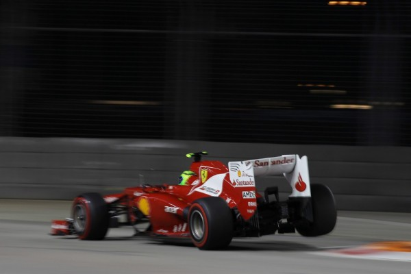 Massa admits 'very close' to new Ferrari deal