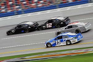 2013 Cup cars get first taste of restrictor plate racing at Talladega test