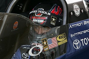 NHRA Breaking news Brown sets new Maple Grove record before rain postpones final eliminations