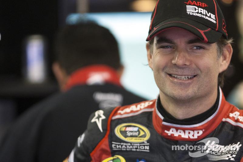 Gordon seeks take the first win on reconfigured Kansas track
