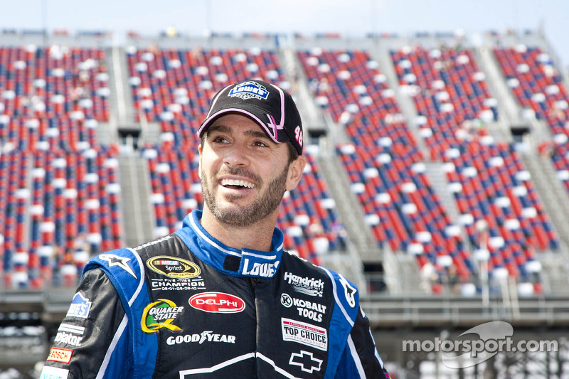 Johnson hoping not to get Smoked this time at Martinsville