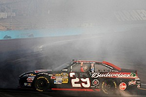 NASCAR Sprint Cup Race report Harvick ends drought with win in Phoenix 500