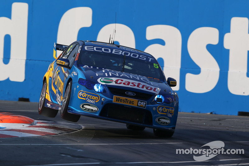 Winterbottom takes Winton pole
