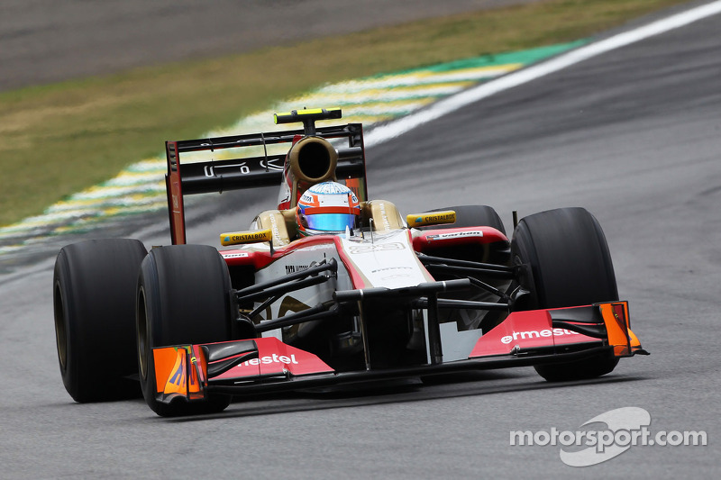 Karthikeyan start the Brazilian GP ahead of De la Rosa