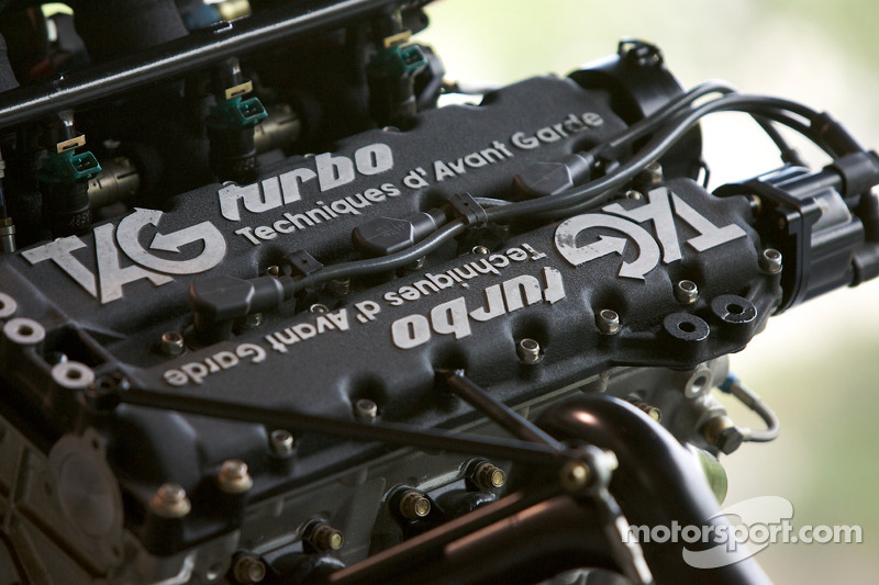 F1 'will get used to' V6 engine sounds - Whiting