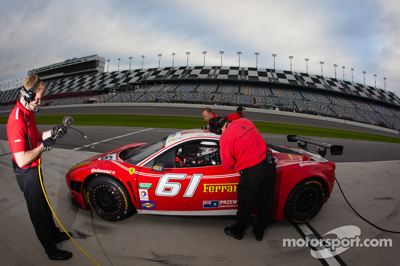 AIM Autosport teams continue progress at Daytona 24H testing