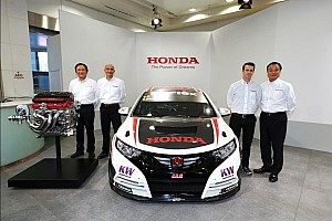 Tiago Monteiro visits Japan for the annual presentation of the Honda sports project