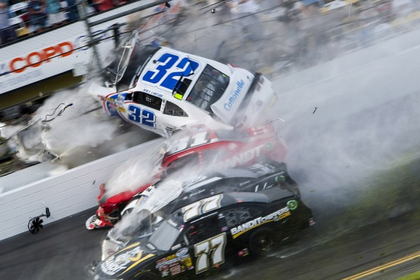 Vicious accident injures 28 at Daytona