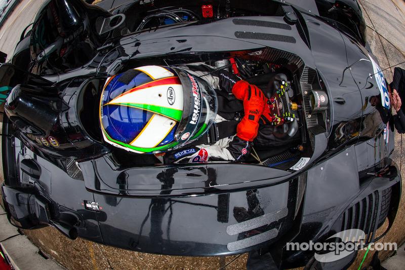 Franchitti fastest in damp Sebring Tuesday morning test session