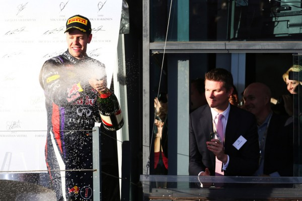 Villeneuve, Coulthard, say Vettel not great