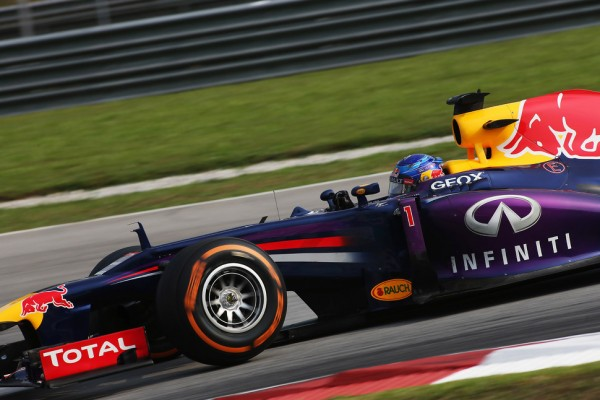 Vettel signs as Infiniti's Director of Performance