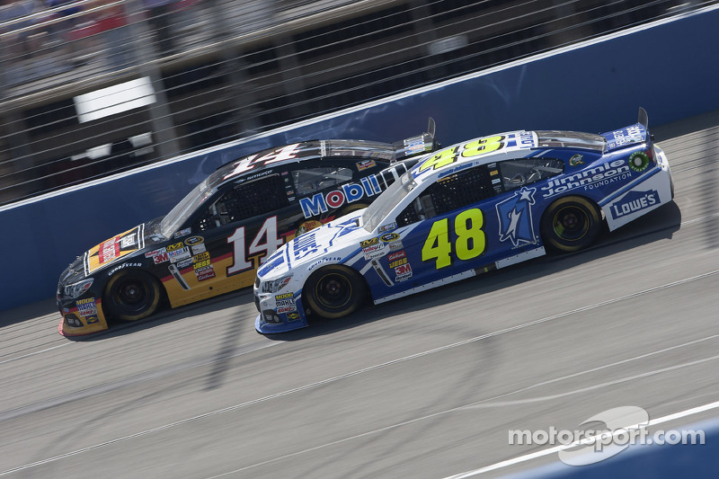 Jimmie Johnson Martinsville 500 advance