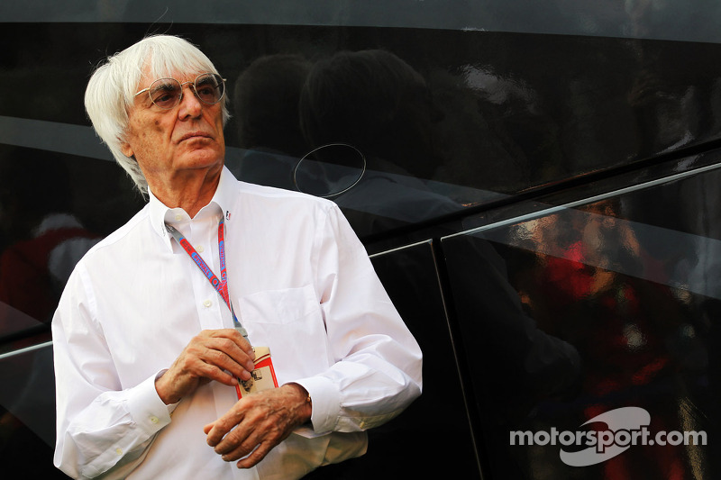 F1 could amplify sound of V6 engines - Ecclestone