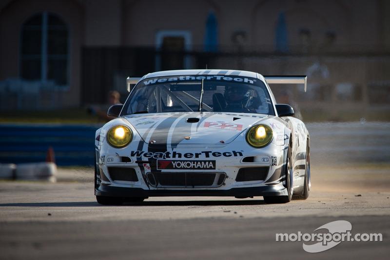 MacNeil to drive WeatherTech/Larbre Corvette at Le Mans
