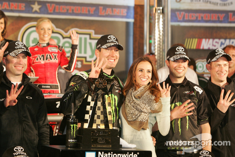 Kyle Busch claims victory for JGR in Texas 300