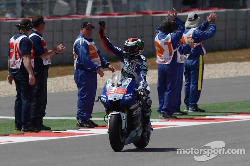 Lorenzo celebrates birthday with perfect pole in Jerez