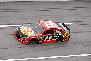 Stewart settles for 15th in Southern 500