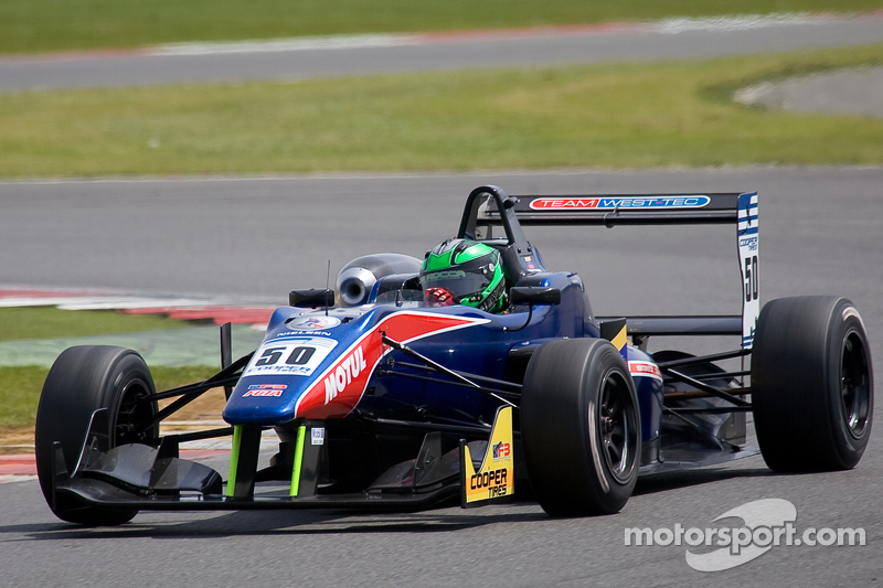 Silverstone podium for Roberto La Rocca