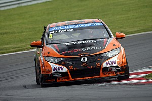 Podium #10 for Honda Civics in Russia WTCC event