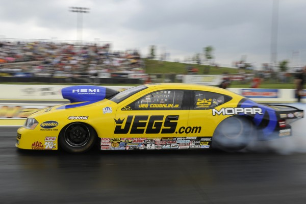 Kalitta, Force, Coughlin and Ray are No. 1 qualifiers for New England Nationals