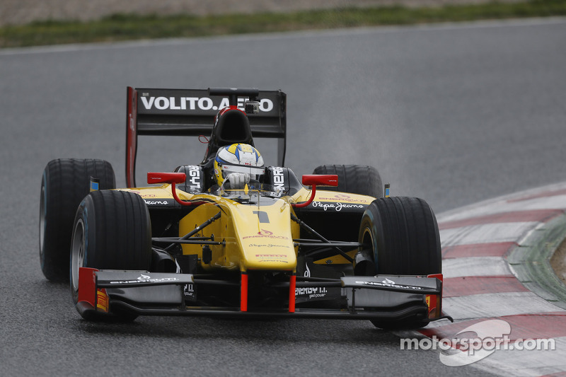 Marcus Ericsson grabs Silverstone pole