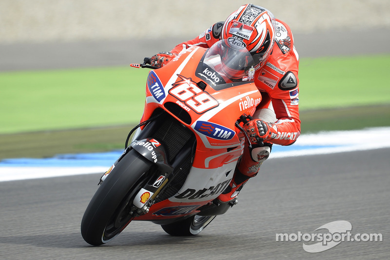 Fourth and fifth rows for Ducati Team at Assen TT