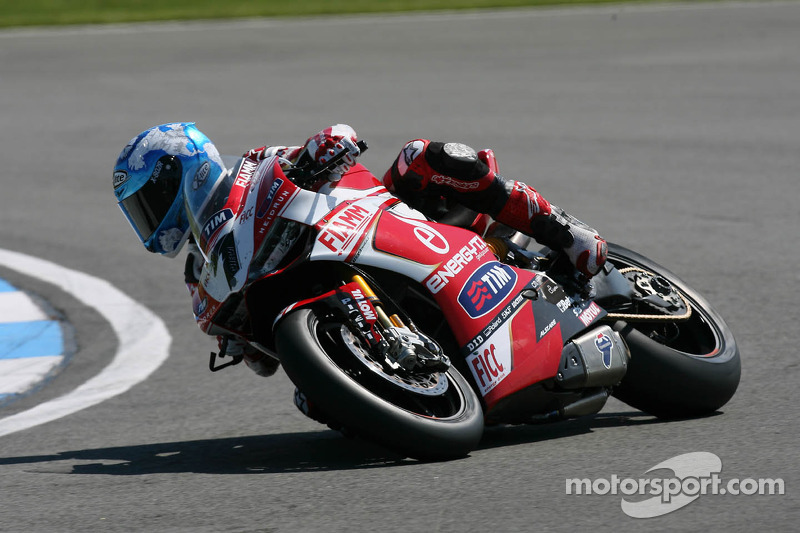 Work gets underway for Team SBK Ducati Alstare today at Silverstone