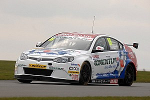 BTCC Race report Tordoff storms to first win in race 1 at Snetterton