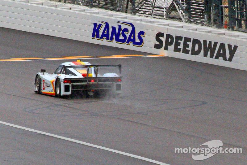 Tough race at Kansas Speedway for Starworks Motorsport