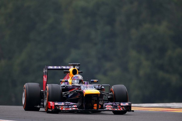 Vettel leads Red Bull 1-2 on Friday practice in Belgium